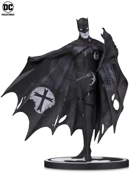 BM_BW_Batman_G_Way_v01_5a84b44a492692.73293407