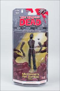 twd-comic2_zombiepet_packaging_01_dp