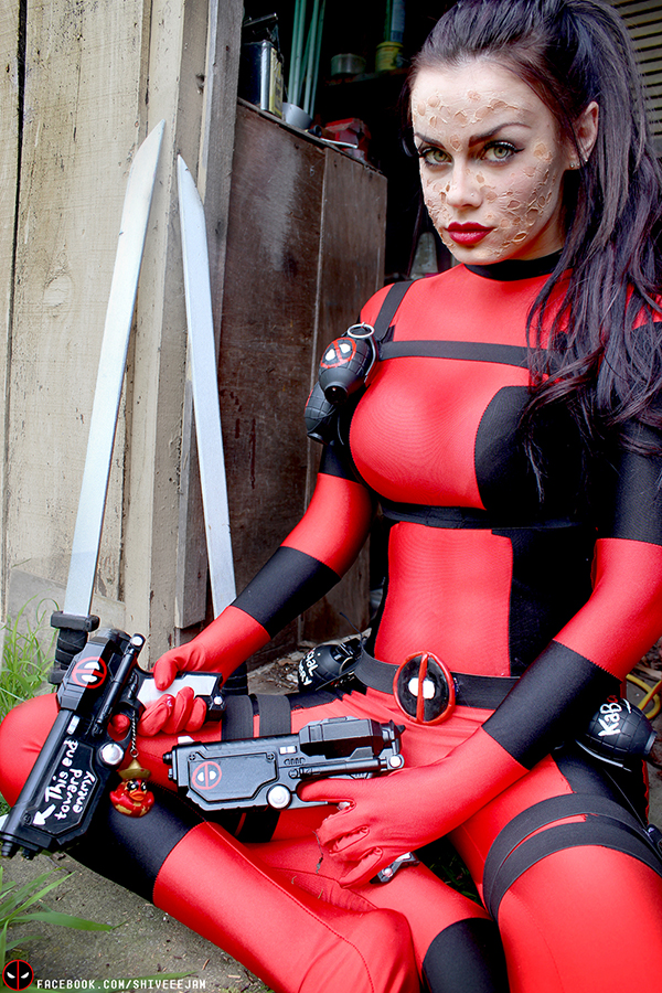 lady-deadpoo... Lady Deadpool Cosplay Costume