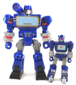 Transformers Mashers Soundwave 11 Compare