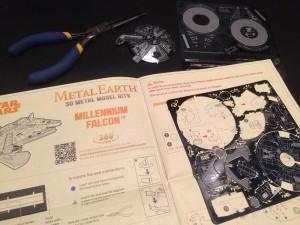 Metal Earth Millenium Falcon 03