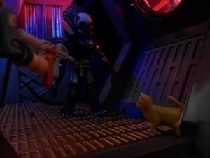 Alien Minimates in Action