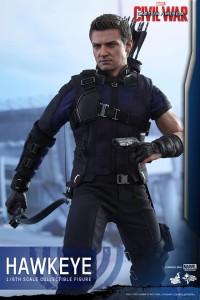 Civil War One Sixth scale Hawkeye   (10)