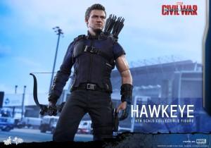 Civil War One Sixth scale Hawkeye   (14)
