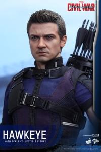Civil War One Sixth scale Hawkeye   (17)