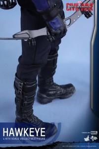 Civil War One Sixth scale Hawkeye   (20)