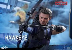 Civil War One Sixth scale Hawkeye   (5)