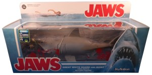 Jaws Reaction Bloody Shark 01