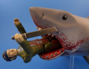 Jaws Reaction Bloody Shark 10